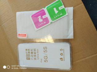 Coque transparente et verre trempé iPhone 5 et 5s
