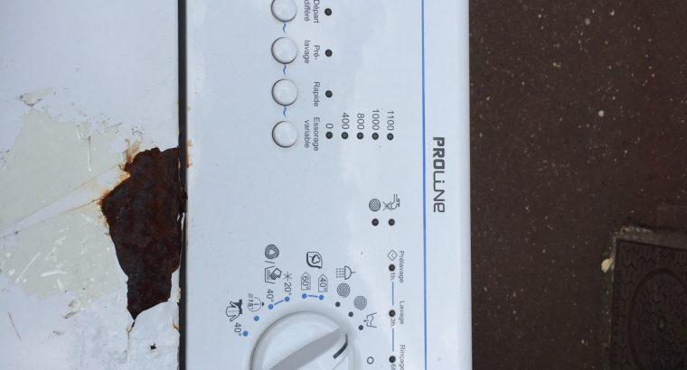 Donne une machine à laver le linge