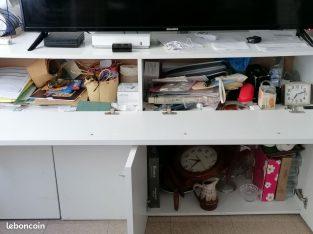 Table à manger ,bahut/meuble tv